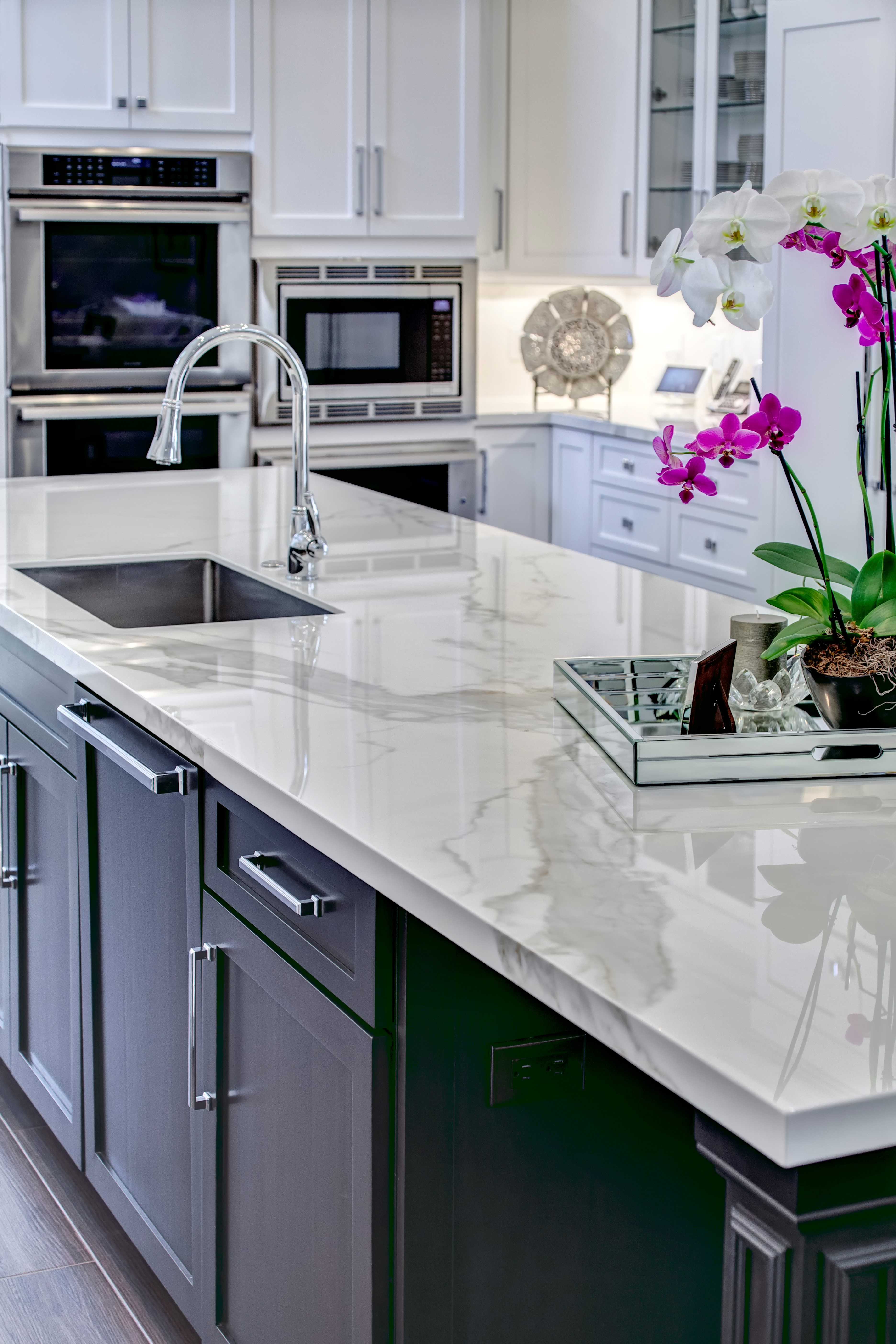 Charmant Kitchen Countertops In Neolith Estatuario Polished Finish. Residential  Project Designed By Karen Press In Boca Raton, Florida. Photo Courtesy Of  Neolith.