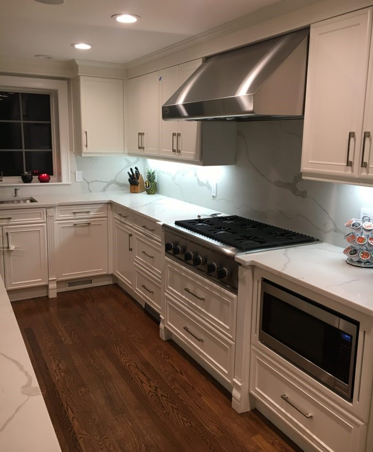 Colorquartz In Calacatta Novus Tops A Fresh, Modern White On White Kitchen  By Metropolitan Cabinets U0026 Countertops Stone Specialist Bridget Ou0027Neil.